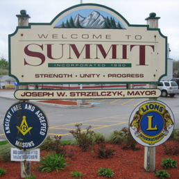 Summit Village Sign - Photo Credit: Teamsters Local 700